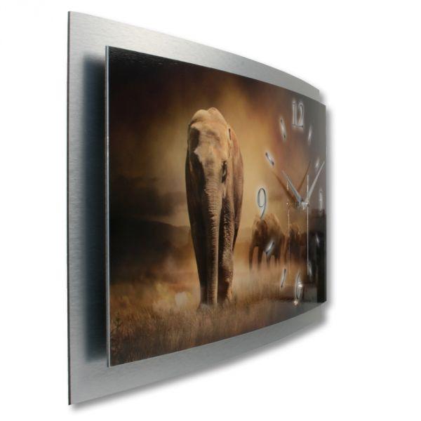 3D Wanduhr Elefant aus gebürstetem Aluminium mit leisem Funkuhrwerk