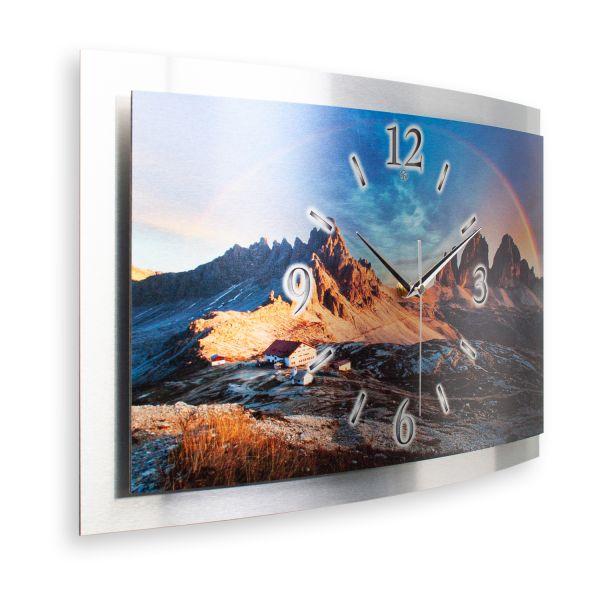 """3D Wanduhr """"Dolomiten"""" aus gebürstetem Aluminium mit leisem Funk- oder Quarzuhrwerk"""