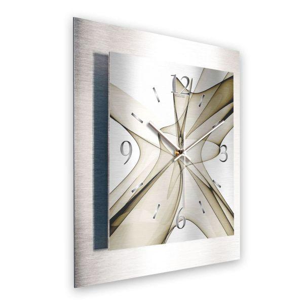 """3D Wanduhr """"Abstrakt Olive"""" aus gebürstetem Aluminium mit leisem Funk- oder Quarzuhrwerk"""