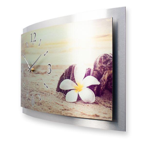 """3D Wanduhr """"Blüte im Sand"""" aus gebürstetem Aluminium mit leisem Funk- oder Quarzuhrwerk"""