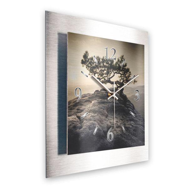 """3D Wanduhr """"Einsamer Baum"""" aus gebürstetem Aluminium mit leisem Funk- oder Quarzuhrwerk"""