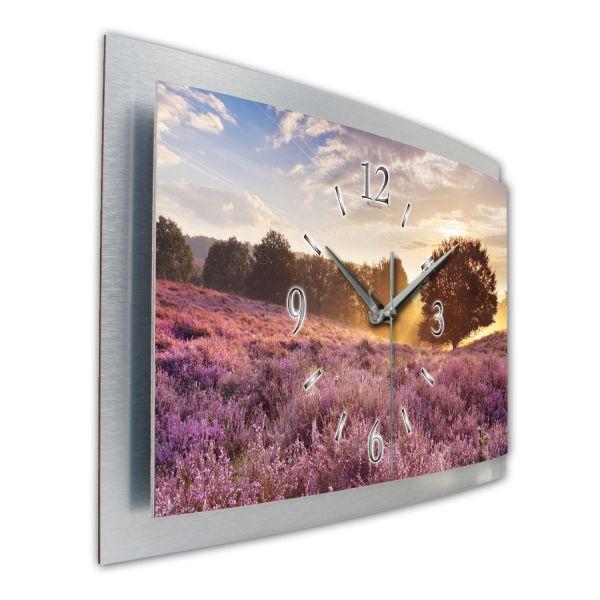 "3D Wanduhr ""Lavendelfeld Holland"" aus gebürstetem Aluminium mit leisem Funk- oder Quarzuhrwerk"