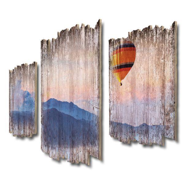 Ballonfahrt über Berge Shabby chic 3-Teiler Wandbild aus Massiv-Holz