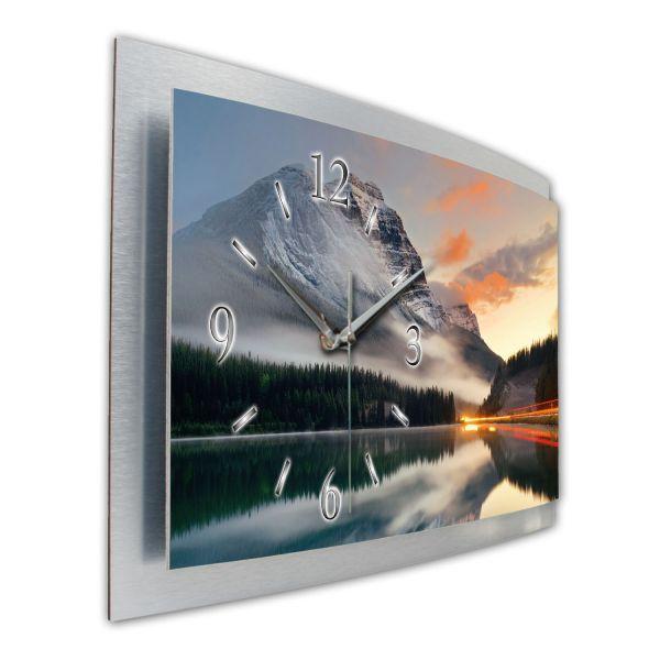 "3D Wanduhr ""Banff-Nationalpark"" aus gebürstetem Aluminium mit leisem Funk- oder Quarzuhrwerk"